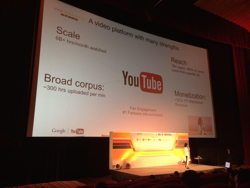 """""""ทั่วโลกมีผู้ใช้ Youtube กว่า 1 พันล้านคน และมีการ Upload Content กว่า 300 ชั่วโมงต่อนาที"""" - Youtube Marketing"""
